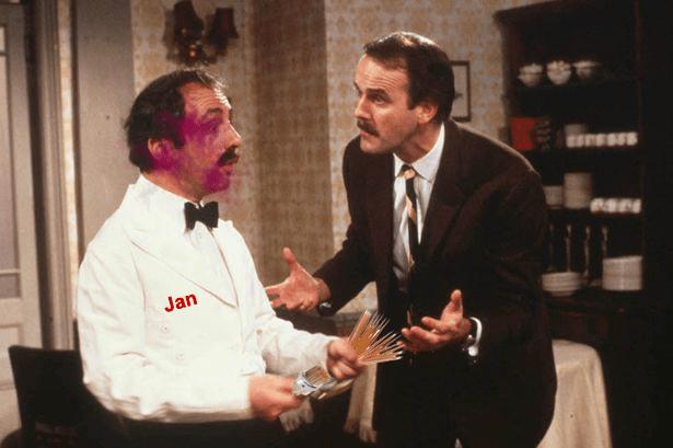ospătar concediat scobitori